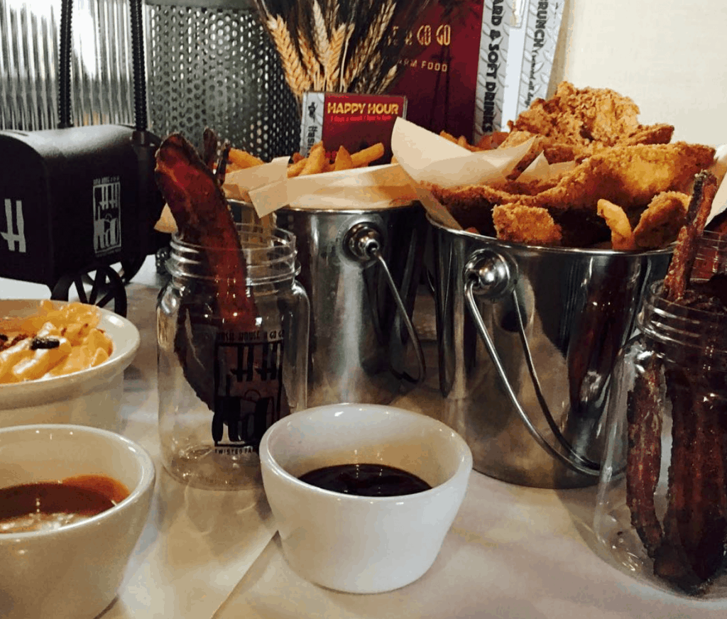 Happy Hour at Hash House a Go Go