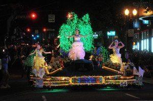 starlight parade at the Portland Rose Festival