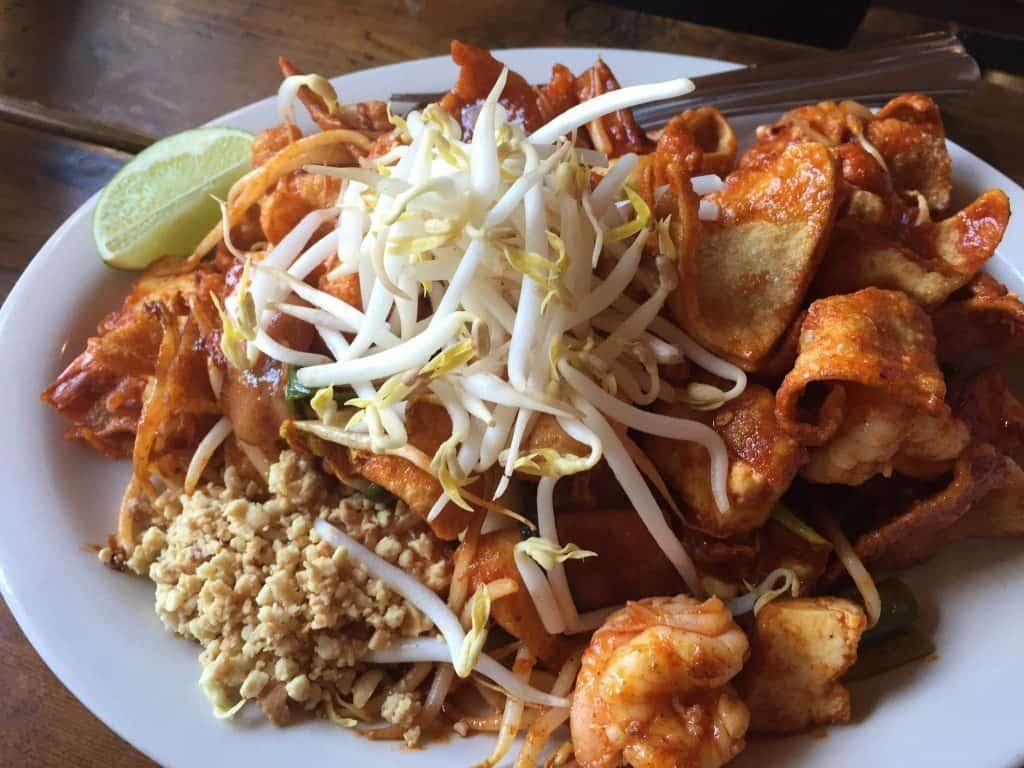 Thai food at Mee Sen Thai Eatery in Portland, Oregon