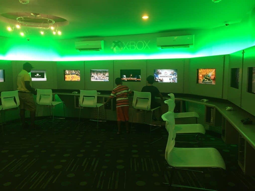 Beaches XBOX Lounge