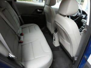 Niro backseat