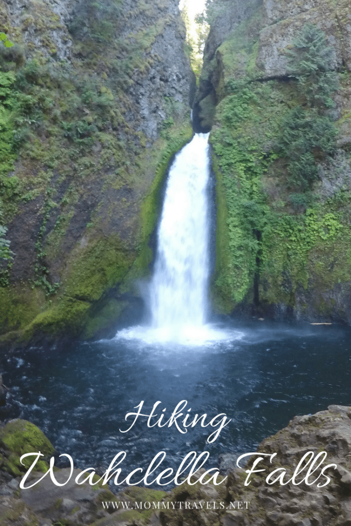 Hiking Wahclella Falls a kid friendly hike in the Scenic Columbia Gorge area of Oregon
