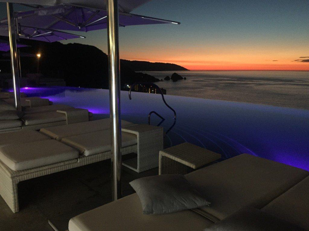 Hotel Mousai rooftop pool at night