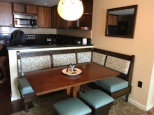 Disney Aulani dining room
