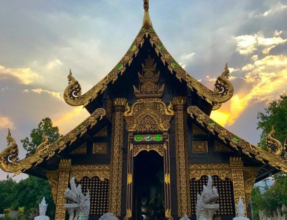 Go on a Bike and Food Adventure in Chiang Mai, Thailand