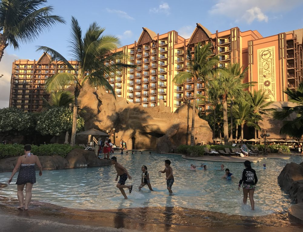 How to Save Money at Aulani and turn it into an Affordable Family Vacation
