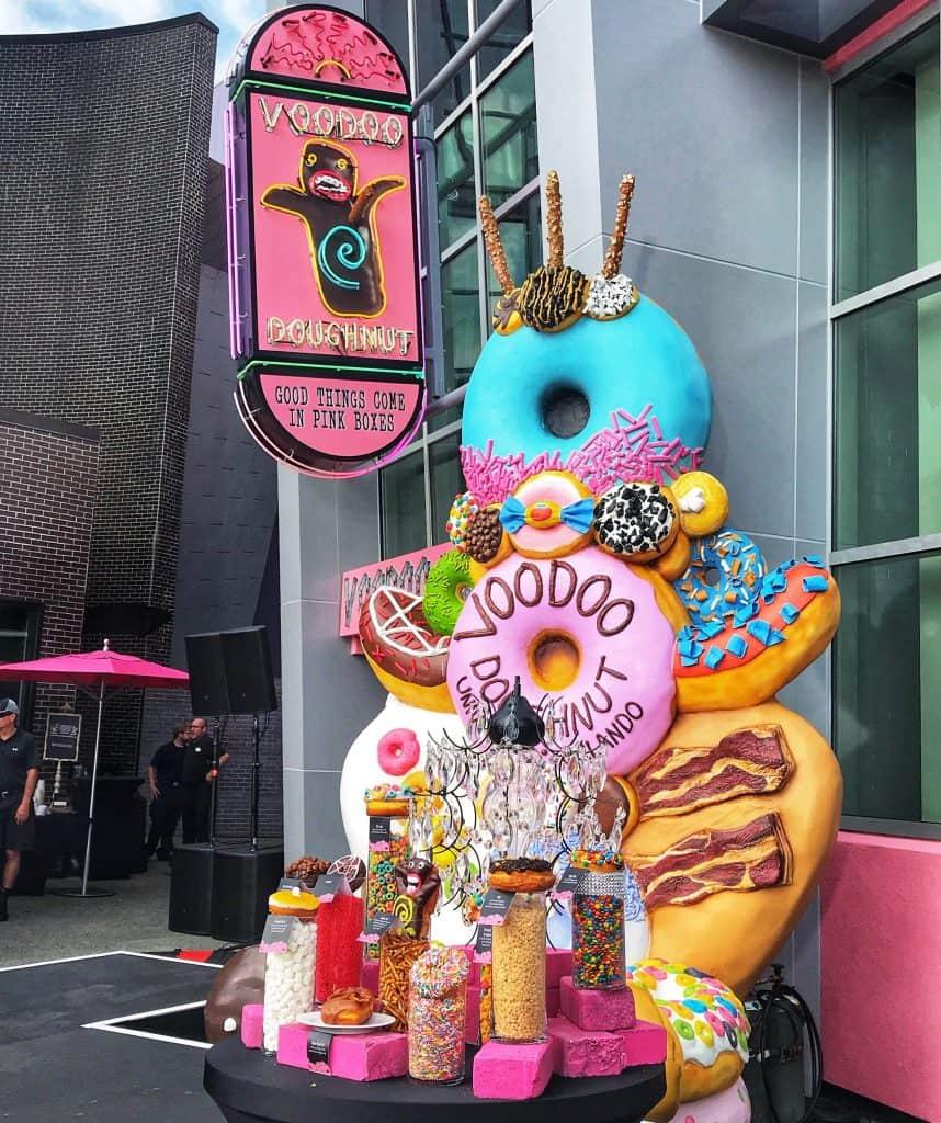Voodoo Donuts at Universal Orlando City Walk