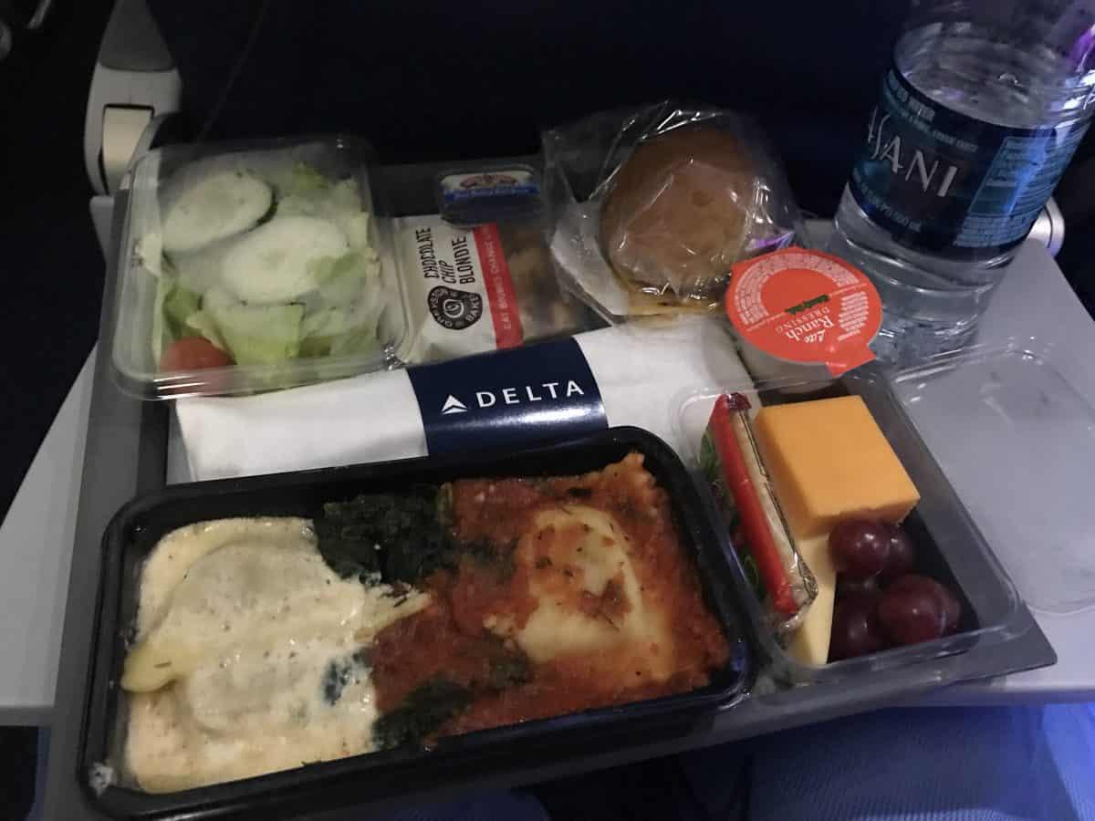 Delta overseas flight meal