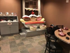 Scoops little kids spaat Great Wolf Lodge Grand Mound