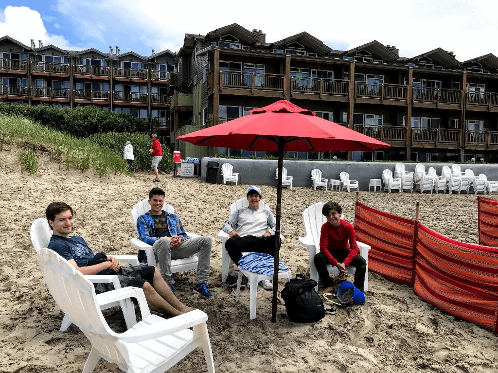 Surfsand Resort beach amenities