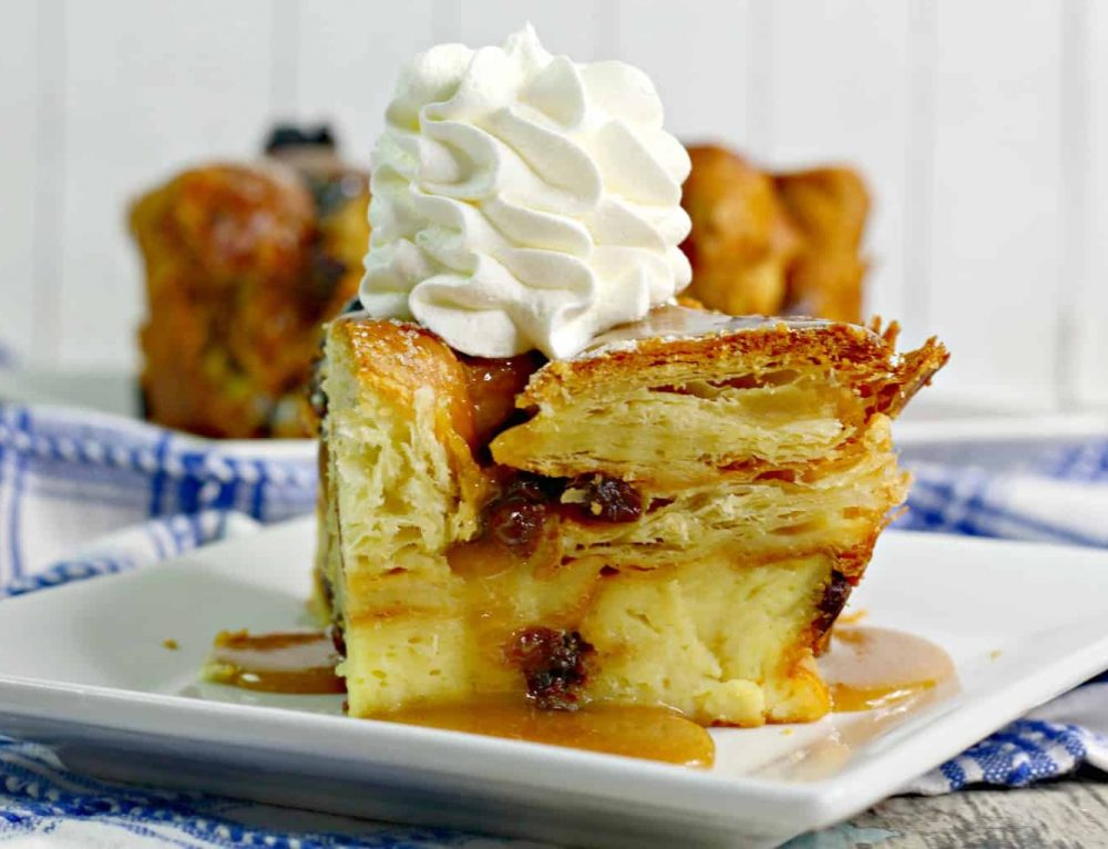 Irish Bread Pudding – Easy and Delicious