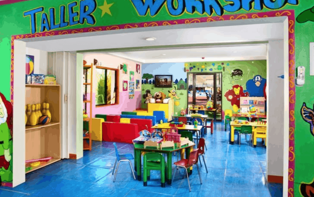 Allegro Cozumel kid's club