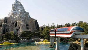 10 things to do at Disneyland