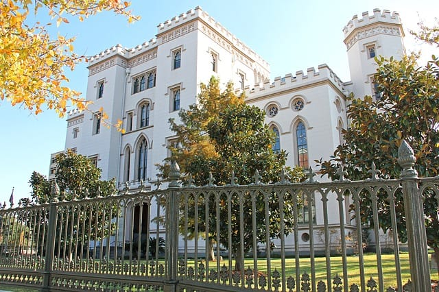 old-state-capitol-baton-rouge