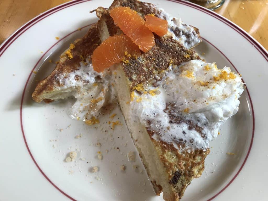 Breakfast at Steamboat Inn