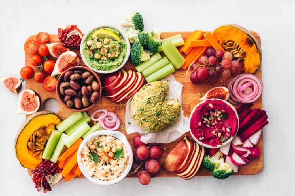 Vegan-Hummus-and-Cheese-Platter