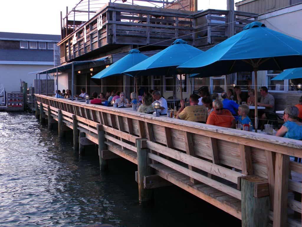 Finz Bar & Grill in Beaufort
