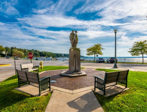 Lake Geneva, Wisconsin Travel Guide
